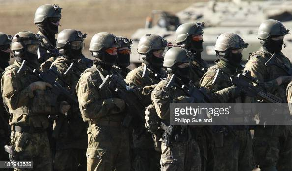Specialized soldiers of the Bundeswehr are seen during the annual military exercises held for the media at the Bergen military training grounds on...