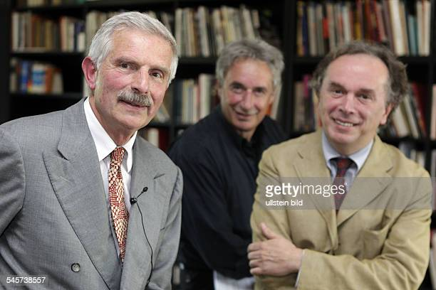 Speck Reiner Art collector Founder and Chairman of the MarcelProustGesellschaft with actor Juerg Loew and author Juergen Ritte