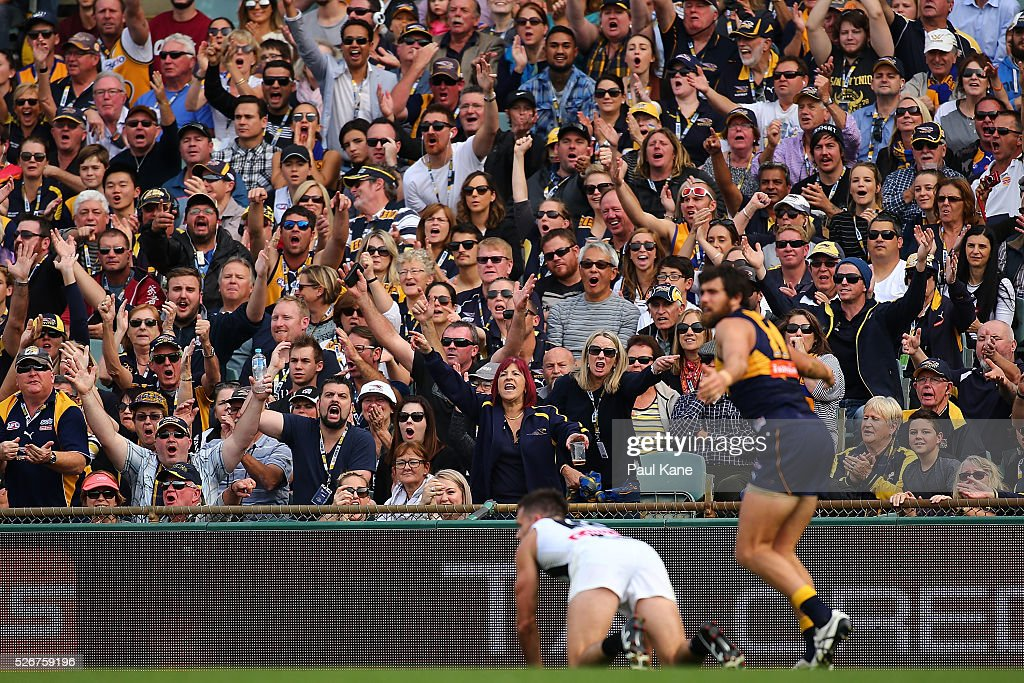 Spectators appeal for a free kick during the round six AFL match between the West Coast Eagles and the Collingwood Magpies at Domain Stadium on May 1, 2016 in Perth, Australia.