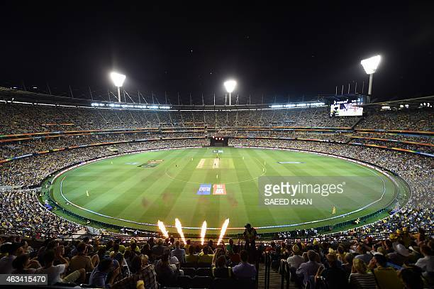 Spectators attend the Pool A 2015 Cricket World Cup match between Australia and England at the Melbourne Cricket Ground on February 14 2015 AFP PHOTO...