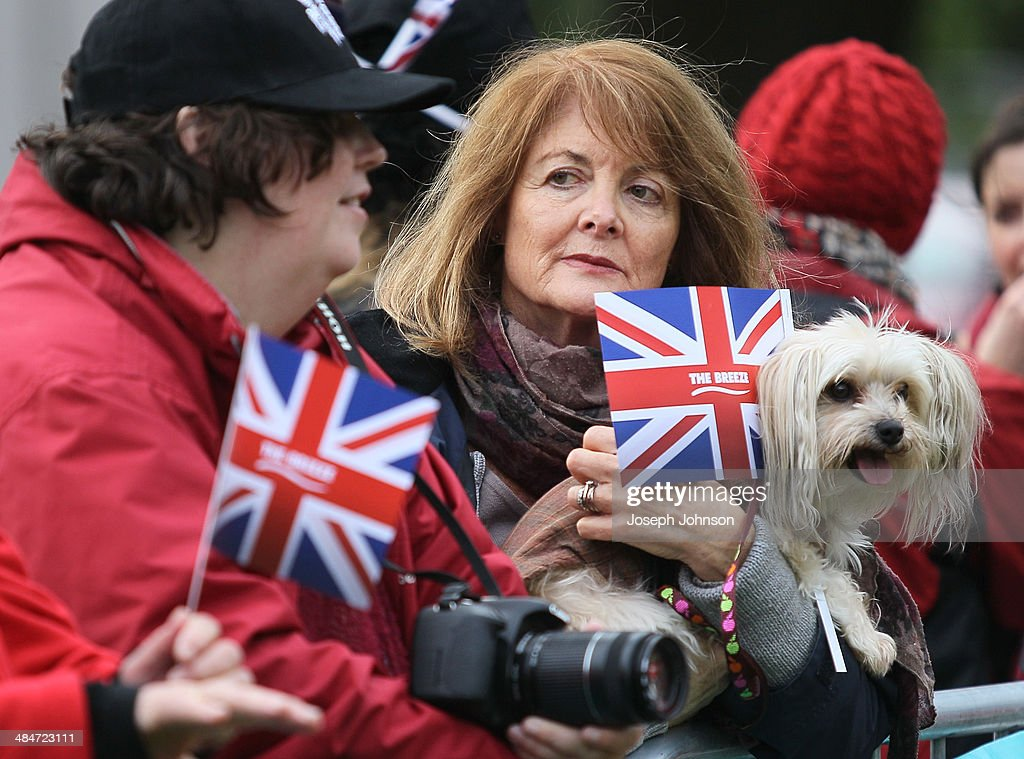 Spectators on hand to meet the Royals during the countdown to the 2015 ICC Cricket World Cup at Latimer Square on April 14, 2014 in Christchurch, New Zealand. The Royal couple are currently in New Zealand and touring the country until Wednesday, when they then head to Australia.