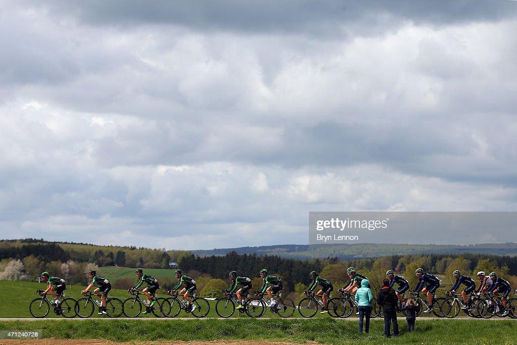 Spectators watch the peloton during the 101st LiegeBastogneLiege cycle race on April 26 2015 in Liege Belgium