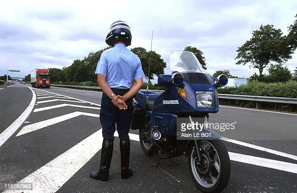 Speed control with radars in France in July 1998