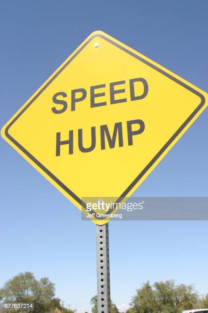 A Speed Hump sign in Albuquerque