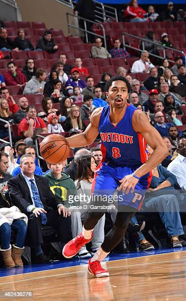 Spencer Dinwiddie of the Detroit Pistons dribbles up the court against the Philadelphia 76ers at Wells Fargo Center on January 28 2015 in...