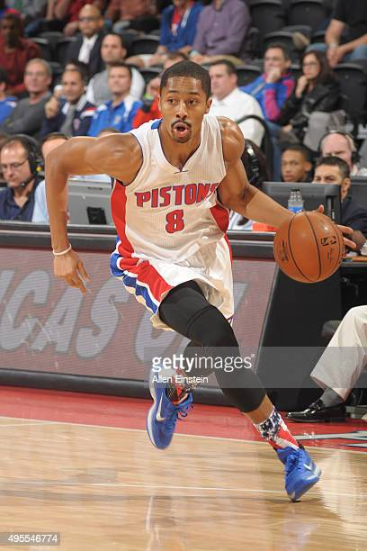 Spencer Dinwiddie of the Detroit Pistons drives to the basket against the Indiana Pacers during the game on November 2 2015 at The Palace of Auburn...