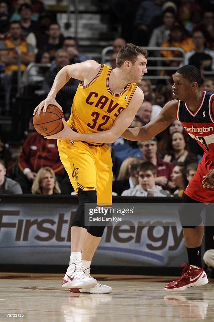 <a gi-track='captionPersonalityLinkClicked' href=/galleries/search?phrase=Spencer+Hawes&family=editorial&specificpeople=3848319 ng-click='$event.stopPropagation()'>Spencer Hawes</a> #32 of the Cleveland Cavaliers handles the ball against the Washington Wizards at The Quicken Loans Arena on February 23, 2014 in Cleveland, Ohio.