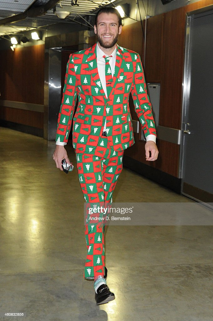 Spencer Hawes of the Los Angeles Clippers arrives for a game against the Golden State Warriors at STAPLES Center on December 25 2014 in Los Angeles...