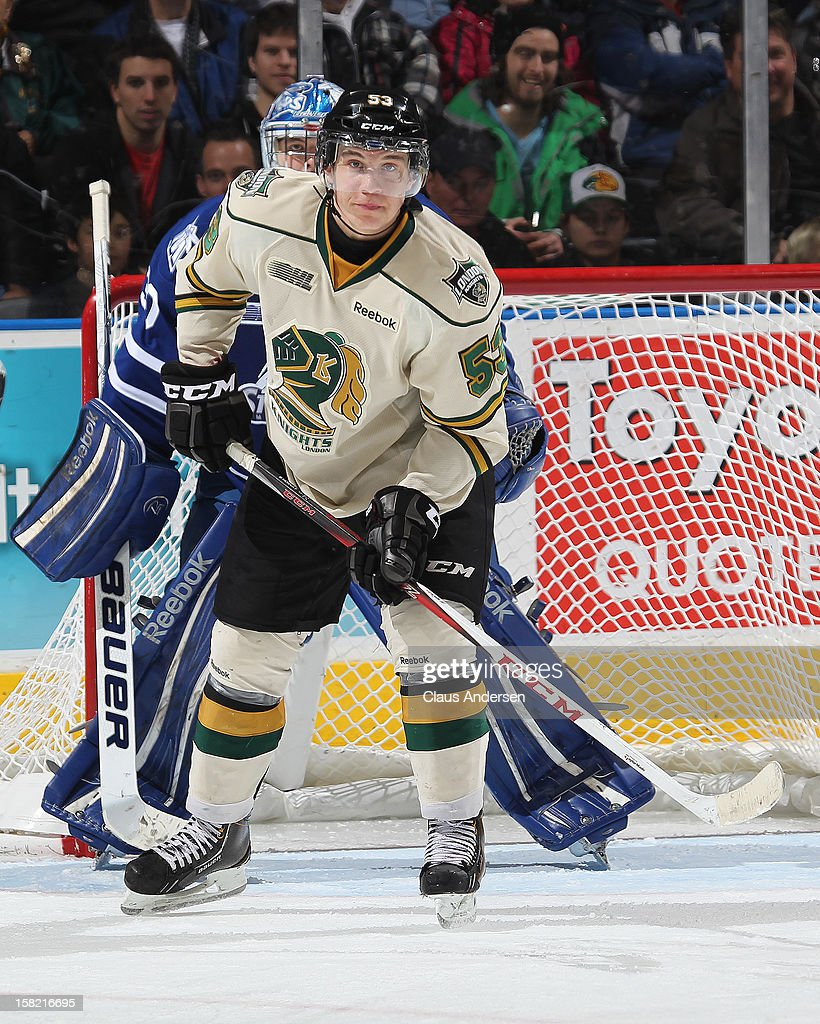 Spencer Martin #30 of the Mississauga Steelheads is screened by Bo Horvat #53 of the London Knights in an OHL game on December 9, 2012 at the Budweiser Gardens in London, Ontario, Canada. The Knights defeated the Steelheads 5-2 and tied their franchise record of 18 straight wins.