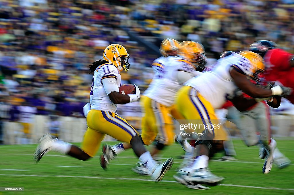 Spencer Ware #11 of the LSU Tigers runs for yards during a game against the Ole Miss Rebels at Tiger Stadium on November 17, 2012 in Baton Rouge, Louisiana.