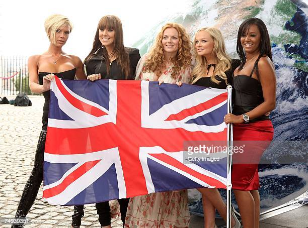 Spice Girls Victoria Beckham Melanie Chisholm Geri Halliwell Emma Bunton and Melanie Brown pose for a photocall at the Royal Observatory Greenwich...