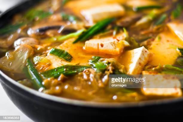 Soupe au Tofu épicé et fruits de mer