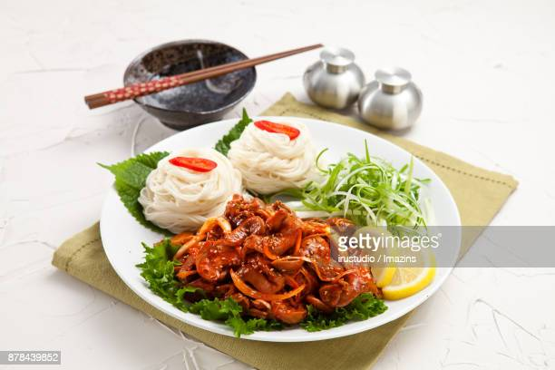 SpicyFreshwaterSnailswithThinNoodles
