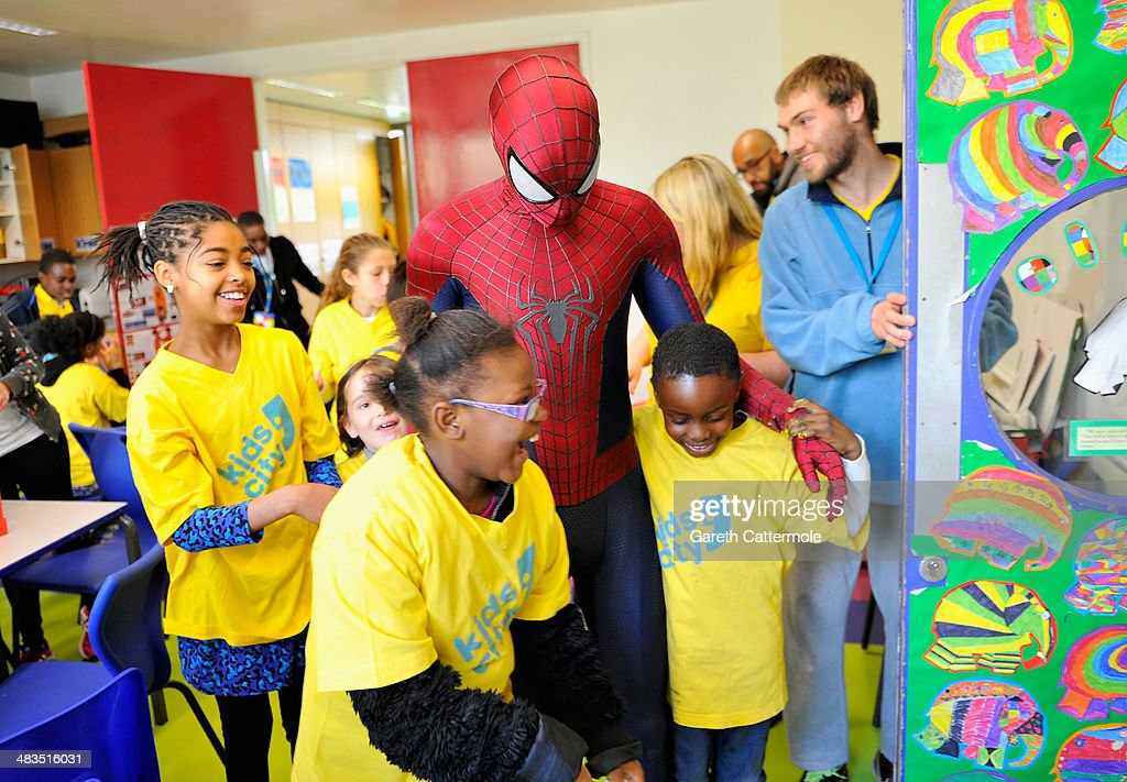 Spider-Man Andrew Garfield visits Brixton children's charity ahead ...