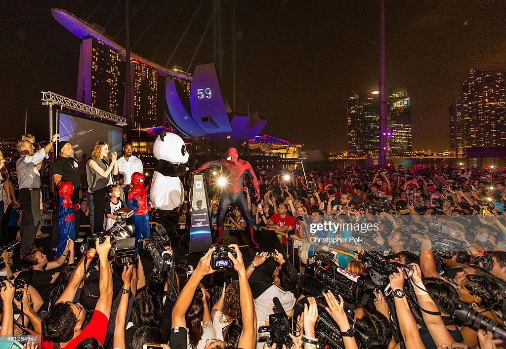 Spider-Man of 'The Amazing Spider-Man 2' poses with fans at the Earth Hour Kick-Off with Spider-Man, The First Super Hero Ambassador for Earth Hour, the global movement organized By WWF (World Wide Fund For Nature) on March 29, 2014 in Singapore. #spiderman
