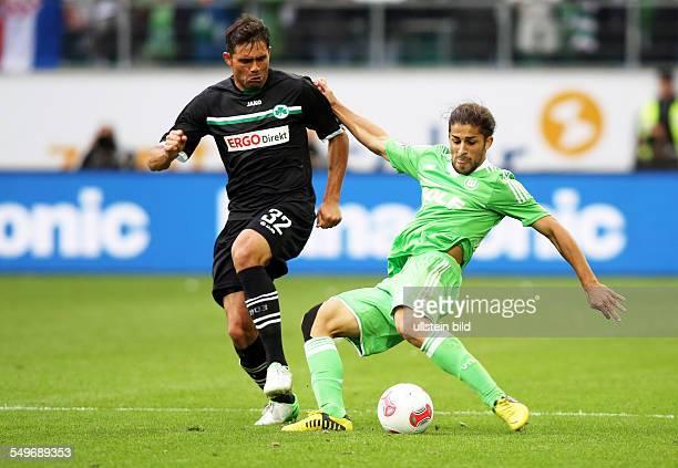 4 Spieltag Saison 2012/2013 Edu Ricardo Rodríguez Zweikampf Aktion Spielszene VfL Wolfsburg Spvgg Greuther Fuerth Fürth Sport Fußball Fussball...
