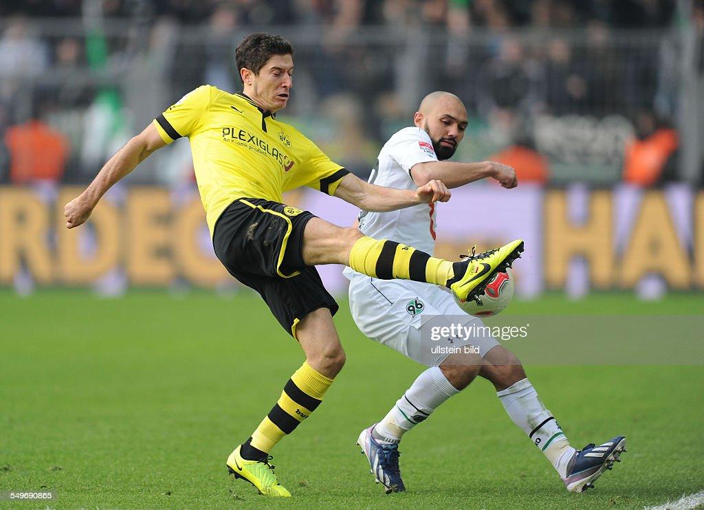 24 Spieltag Saison 2012/2013 Fussball Saison 20122013 1 Bundesliga 24 Spieltag Borussia Dortmund Hannover 96 31 Robert Lewandowski li gegen Sofian...