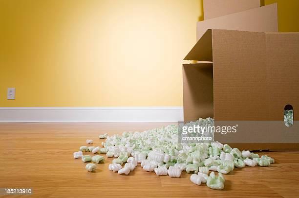 Versé emballage cacahuètes