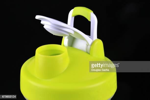 Spill-proof bottle