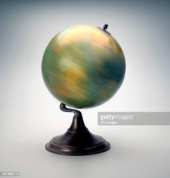 Spinning globe