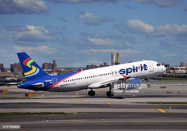 Spirit airlines stock photos and pictures getty images for Spirit airlines new york