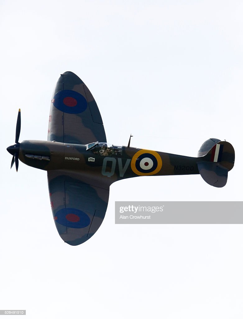 A Spitfire flies over to celebrate 350 years of racing at Newmarket racecourse on April 30, 2016 in Newmarket, England.