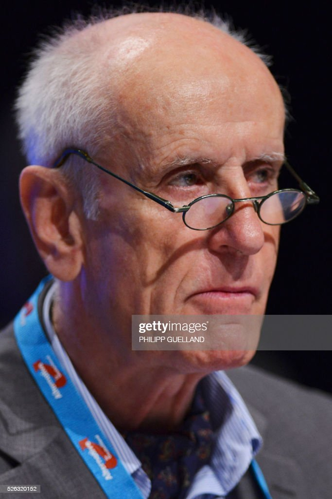 AFD spokesperson Albrecht Glaser attends a party congress of the German right wing party AfD (Alternative fuer Deutschland) at the Stuttgart Congress Centre ICS on April 30, 2016 in Stuttgart, southern Germany. The Alternative for Germany (AfD) party is meeting in the western city of Stuttgart, where it is expected to adopt an anti-Islamic manifesto, emboldened by the rise of European anti-migrant groups like Austria's Freedom Party. / AFP / Philipp GUELLAND
