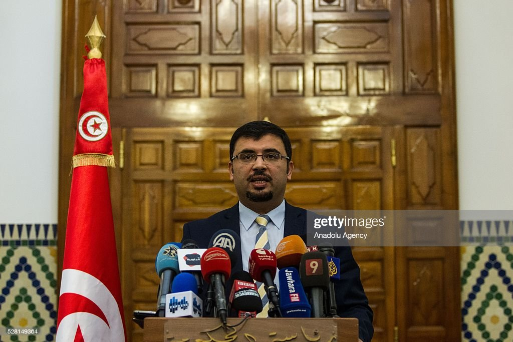 Spokesperson for the Tunisian government, Khalid Shawkat delivers a speech following cabinet meeting at Carthage Palace in Tunis, Tunisia on May 4, 2016.