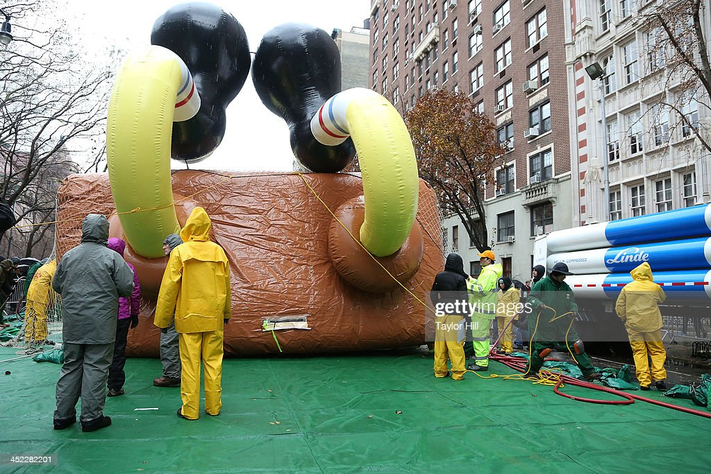SpongeBob SquarePants at Inflation Eve at the American Museum of Natural History on November 27, 2013 in New York City.