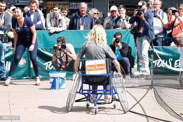 Sponsor of the association 'Comme les autres' actress Sandrine Kiberlain attends the Race during the 'All in Wheelchair Day' as part ofthe 2017...