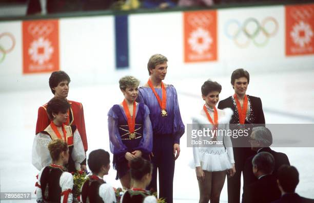 Sport 1984 Winter Olympic Games Sarajevo YugoslaviaIce Skating Ice Dance Medal Ceremony Jayne Torvill and Christopher Dean Great BritainGold...