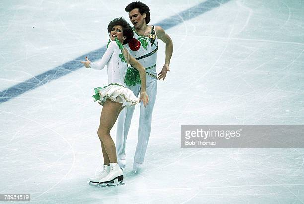Sport 1988 Winter Olympic Games Calgary Canada Ice Skating Ice Dance Marina Klimova and Sergei Ponomarenko Canada the Silver medal winners