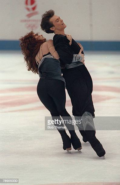 Sport 1992 Winter Olympic Games Albertville France Ice Skating Ice Dance Marina Klimova and Sergei Ponomarenko Unified Team the Gold medal winners