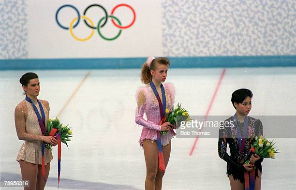 Sport 1994 Winter Olympic Games Lillehammer Norway Ice Skating Ladies Figure Skating Singles The medal ceremony lr Nancy Kerrigan USA Oksana Baiul...
