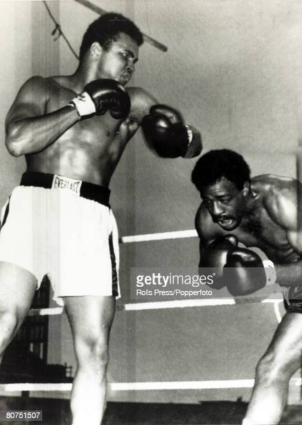 Sport Boxing Heavyweight Bout at Croke Park Dublin pic 19th July 1972 Muhammad Ali stopped Al 'Blue' Lewis in 11 rounds Muhammad Ali staggers Al...