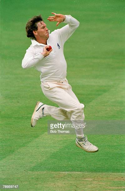10th May 1994 Benson and Hedges Cup at Lord's Dermot Reeve in action for Warwickshire who captained the side to 3 major trophies in 1995 Allrounder...