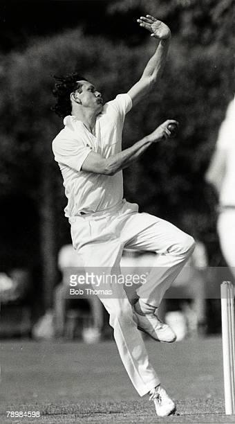 1980's Steve Barwick Glamorgan bowler