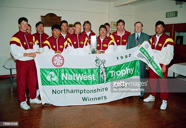 1992 Northamptonshire 1992 NatWest Trophy winners beating Leicestershire by 8 wickets in the Final at Lord's Northamptonshire players Tony Penberthy...