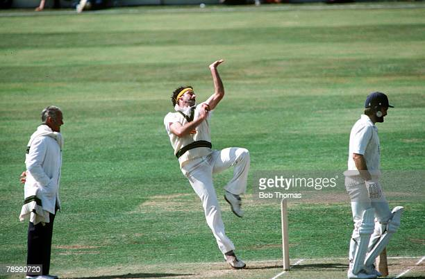 circa 1980 Australian fast bowler Dennis Lillee at full pace in his delivery stride Dennis Lillee was one on the greatest fast bowlers of all time...