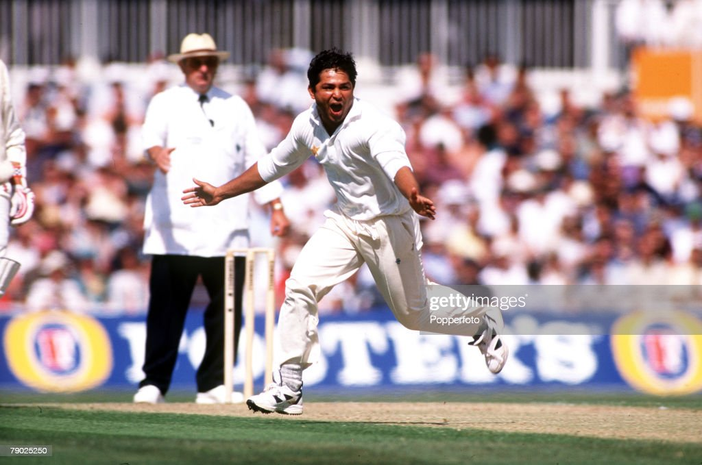 Sport Cricket Third Cornhill Test Match The Oval Surrey 22nd26th August 1996 Pakistan beat England by 9 wickets Pakistan's Mushtaq Ahmed celebrates...