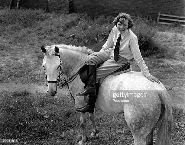 7th June 1955 British show jumper Dawn Palethorpe pictured on her horse 'Grayling' at her home near Kidderminster Worcestershire She had found fame...