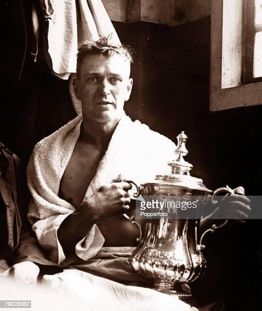 Sport Football 1928 FA Cup Final Wembley London England 21st April 1928 Blackburn Rovers 3 v Huddersfield Town 1 Blackburn Rovers' captain Harry...