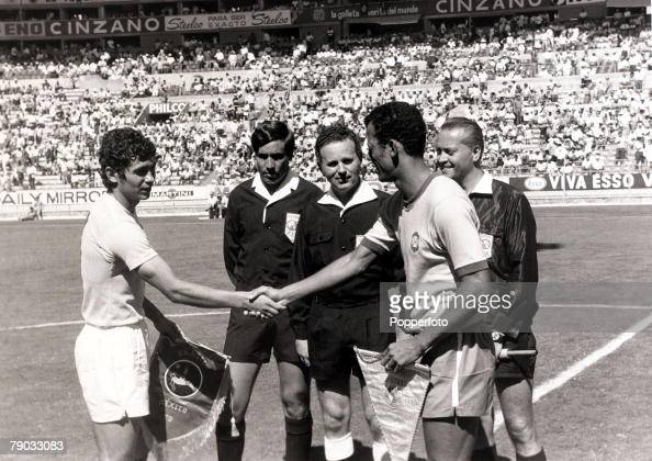 Sport Football 1970 World Cup Finals Guadalajara Mexico 10th June 1970 Group 3 Brazil 3 v Romania 2 Brazil captain Carlos Alberto shakes hands with...