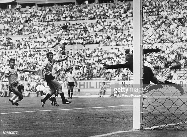 Sport Football 1970 World Cup Finals Guadalajara Mexico 17th June 1970 SemiFinal Brazil 3 v Uruguay 1 Brazil's Clodoaldo left beats Uruguay...