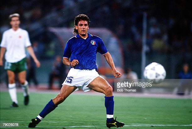 Sport Football 1990 World Cup Finals Rome 30th June 1990 Quarter Final Italy 1 v Republic of Ireland 0 Italy's Roberto Baggio