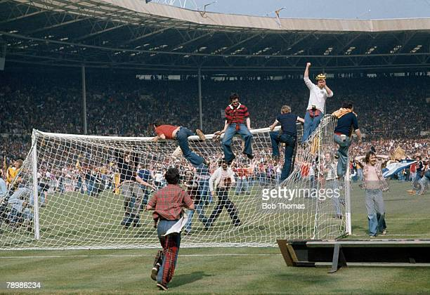 Sport Football 4th June 1977 Wembley Stadium London England 1 v Scotland 2 Scottish fans invade the pitch and wreck the goalposts after beating...