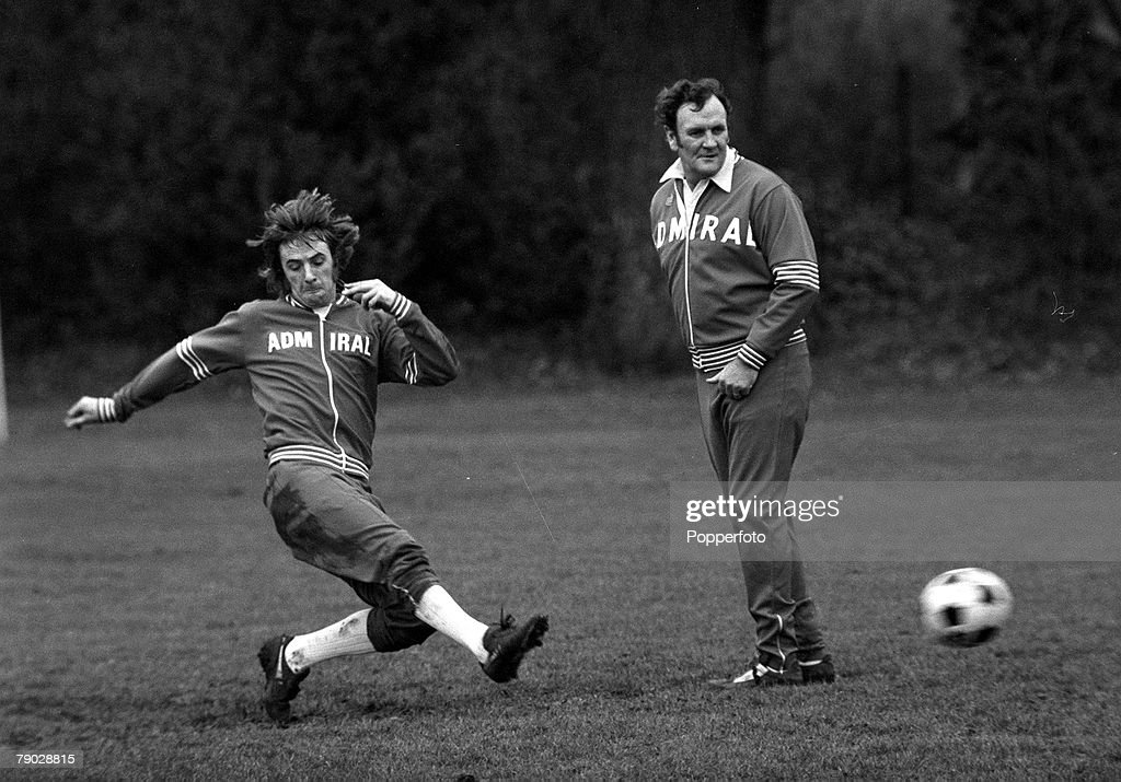 Sport, Football, 7th February 1977, Queens Park Rangers and England's Stan Bowles shoots watched by England Manager Don Revie during a training session