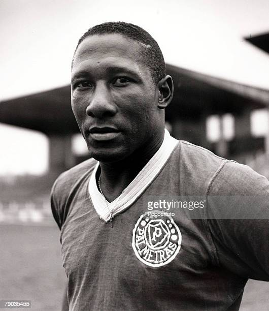 Sport Football circa 1957 Brazilian international Djalma Santos pictured in his Palmeiras club strip He was a member of the Brazil World Cup winning...