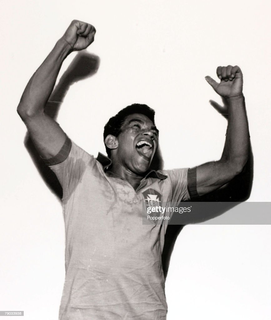 Sport, Football, circa 1960, Brazil star <a gi-track='captionPersonalityLinkClicked' href=/galleries/search?phrase=Garrincha&family=editorial&specificpeople=939039 ng-click='$event.stopPropagation()'>Garrincha</a> in happy mood, He played 60 times for Brazil and with he and Pele in the team the national side never lost, his first international defeat occurred in his last game for Brazil in the 1966 World Cup Finals in England, He was born with crippled legs and was left with a distorted left leg after an operation but went on to be one of the best dribblers in football winning 2 World Cup winners medals with Brazil in 1958 and 1962 and nicknamed -The Little Bird+