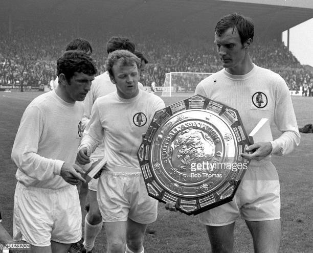 Sport Football England 2nd August 1969 Charity Shield Leeds United 2 v Manchester City 1 The winning Leeds United players celebrate with the trophy...